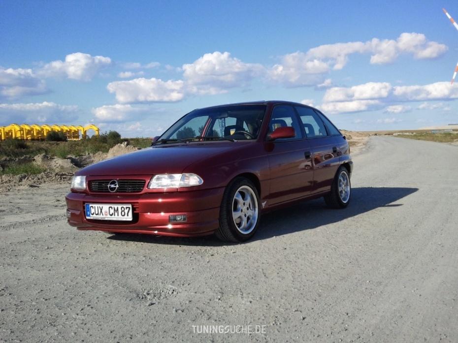 Opel ASTRA F (56, 57) 1.6 i  Bild 575474