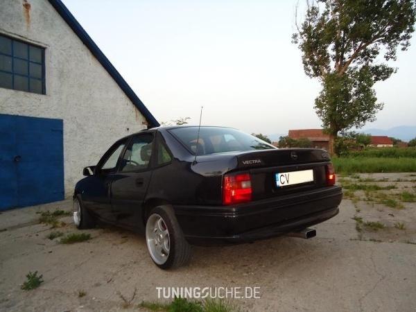 Opel VECTRA A CC (88, 89) 05-1994 von AtyVMZ - Bild 578706