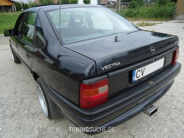Opel VECTRA A CC (88, 89) 05-1994 von AtyVMZ - Bild 578712
