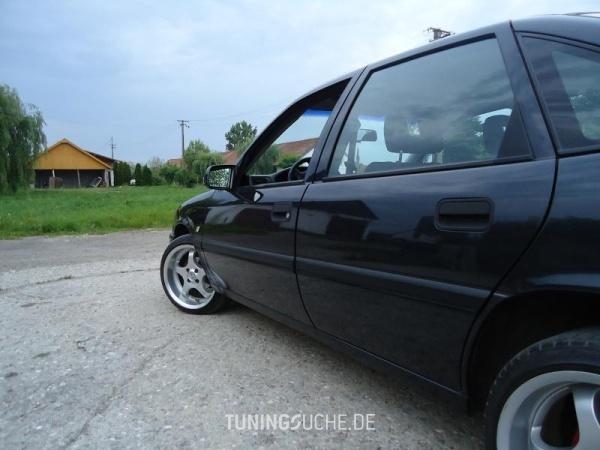 Opel VECTRA A CC (88, 89) 05-1994 von AtyVMZ - Bild 578714