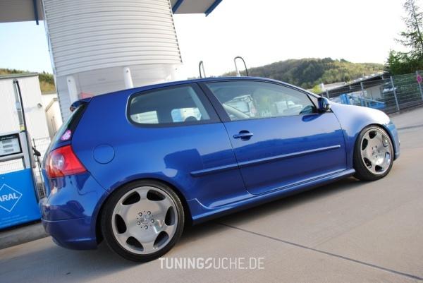 VW GOLF V (1K1) 10-2005 von peedly - Bild 584235