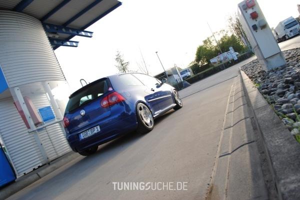 VW GOLF V (1K1) 10-2005 von peedly - Bild 584236