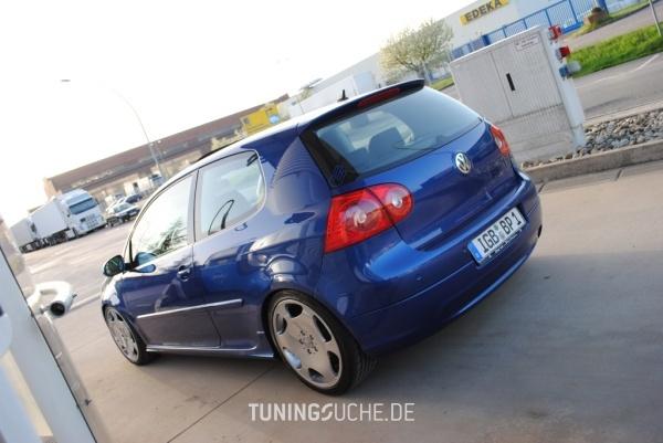 VW GOLF V (1K1) 10-2005 von peedly - Bild 584238