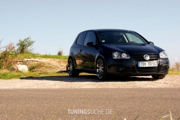 VW GOLF V (1K1) 01-2007 von ChevChelios86 - Bild 584369
