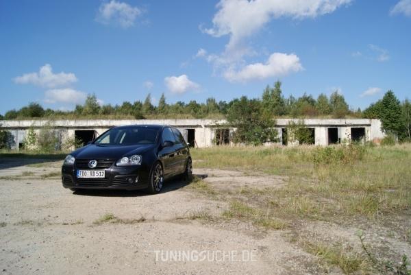 VW GOLF V (1K1) 01-2007 von ChevChelios86 - Bild 584370