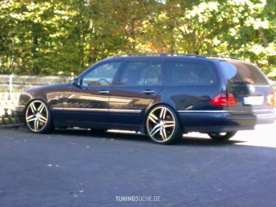 Mercedes Benz E-KLASSE (W210) E 420  Bild 585722