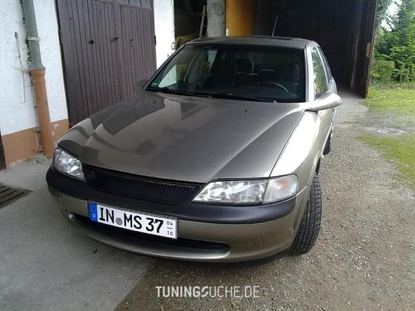 Opel VECTRA B CC (38) 07-1996 von Opel-Boy - Bild 586102