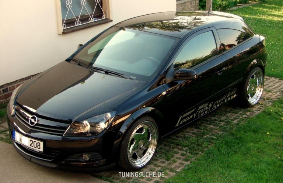 Opel ASTRA H GTC 1.6  Bild 586883