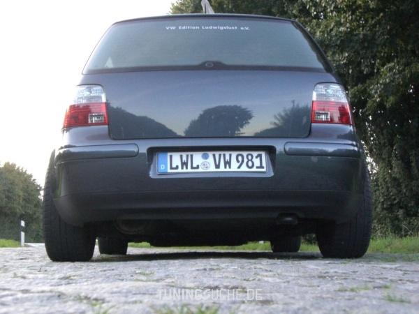 VW GOLF IV (1J1) 05-2003 von demmaik - Bild 40815