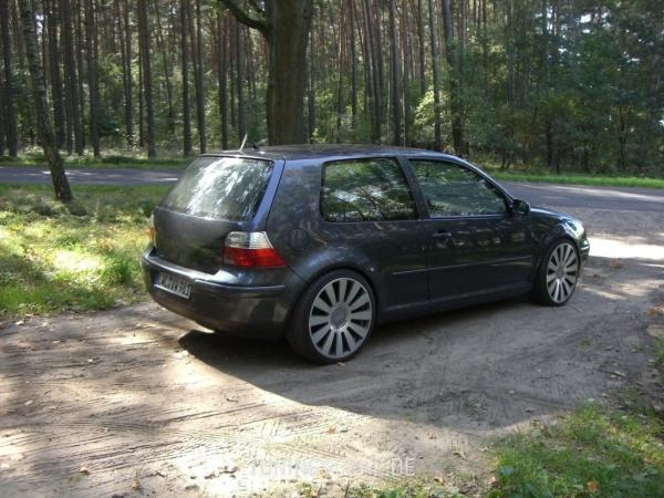 VW GOLF IV (1J1) 05-2003 von demmaik - Bild 40819
