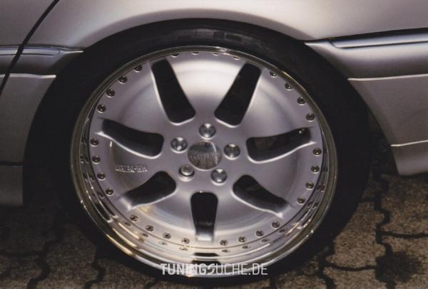 Mercedes Benz C-KLASSE (W202) 09-2000 von lc6p - Bild 593885