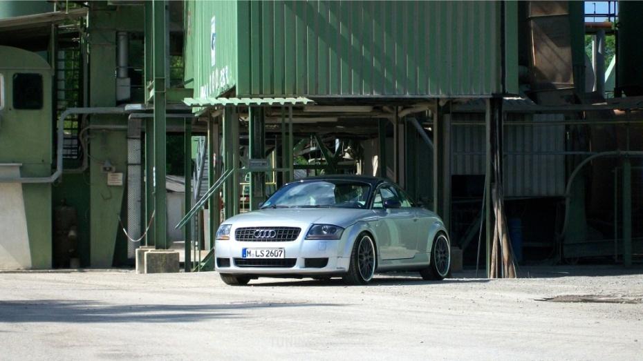 Audi TT (8N3) 1.8 T  Bild 594376