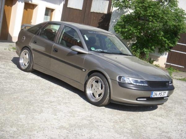 Opel VECTRA B CC (38) 07-1996 von Opel-Boy - Bild 594383