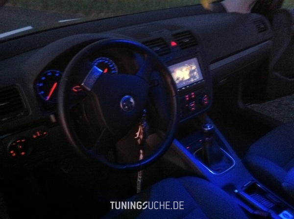 VW GOLF V (1K1) 08-2006 von Lycezz - Bild 600290