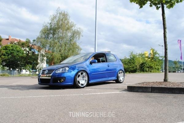 VW GOLF V (1K1) 10-2005 von peedly - Bild 611317