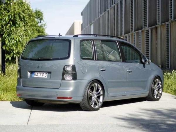 VW TOURAN (1T1, 1T2) 10-2006 von MisterJB - Bild 617519