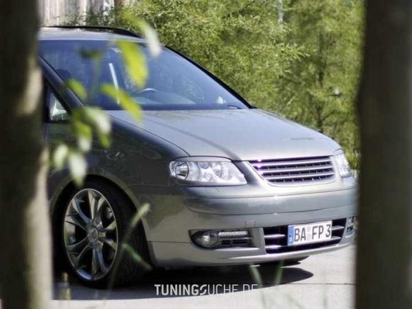 VW TOURAN (1T1, 1T2) 10-2006 von MisterJB - Bild 617522