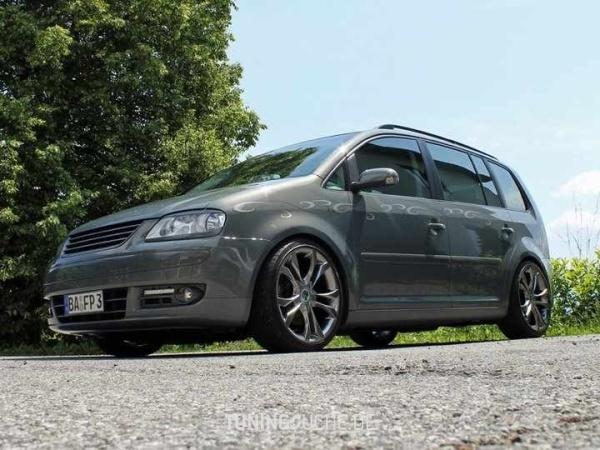 VW TOURAN (1T1, 1T2) 10-2006 von MisterJB - Bild 617523