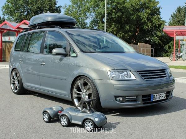 VW TOURAN (1T1, 1T2) 10-2006 von MisterJB - Bild 617573