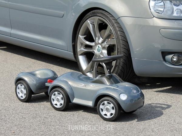 VW TOURAN (1T1, 1T2) 10-2006 von MisterJB - Bild 617575