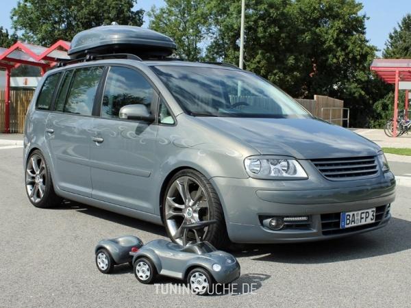 VW TOURAN (1T1, 1T2) 10-2006 von MisterJB - Bild 617577