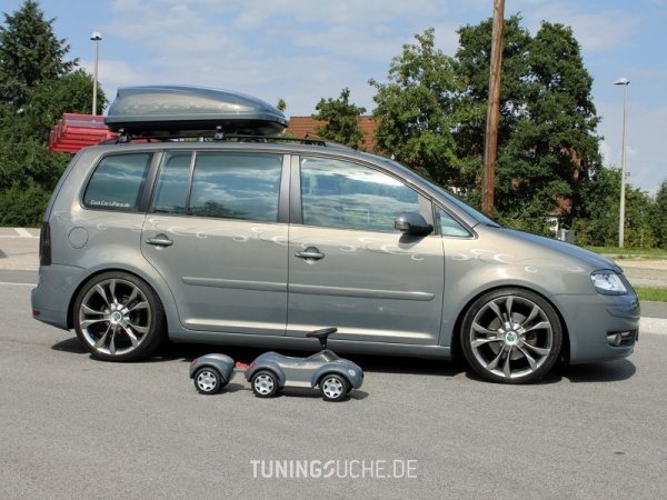 VW TOURAN (1T1, 1T2) 10-2006 von MisterJB - Bild 617580