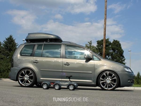 VW TOURAN (1T1, 1T2) 10-2006 von MisterJB - Bild 617581