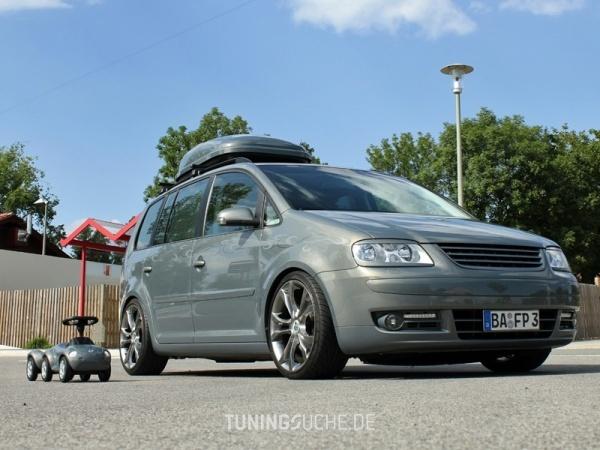 VW TOURAN (1T1, 1T2) 10-2006 von MisterJB - Bild 617583