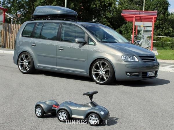 VW TOURAN (1T1, 1T2) 10-2006 von MisterJB - Bild 617584