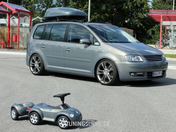VW TOURAN (1T1, 1T2) 10-2006 von MisterJB - Bild 617586