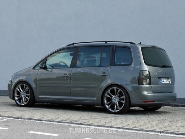 VW TOURAN (1T1, 1T2) 10-2006 von MisterJB - Bild 617596