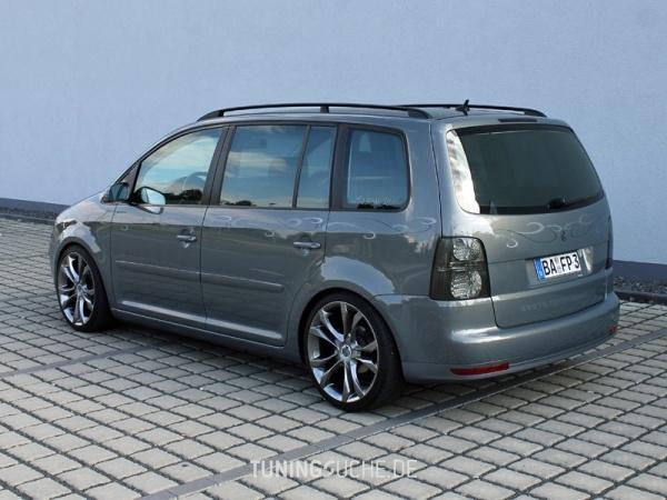 VW TOURAN (1T1, 1T2) 10-2006 von MisterJB - Bild 617640