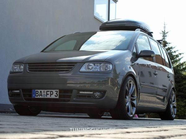 VW TOURAN (1T1, 1T2) 10-2006 von MisterJB - Bild 617645