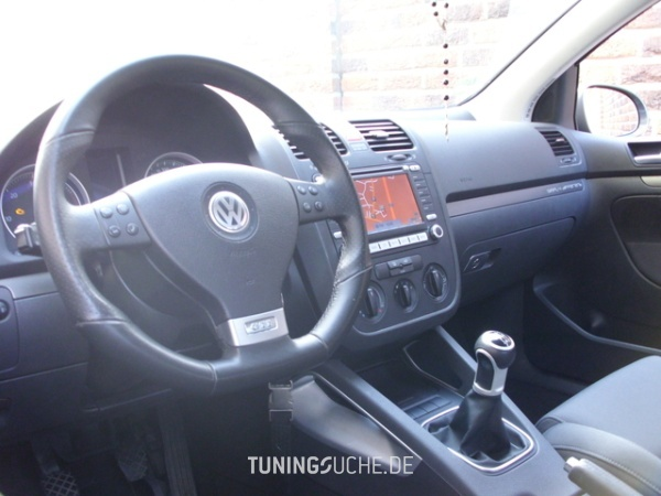 VW GOLF V (1K1) 12-2005 von Goran04 - Bild 657154