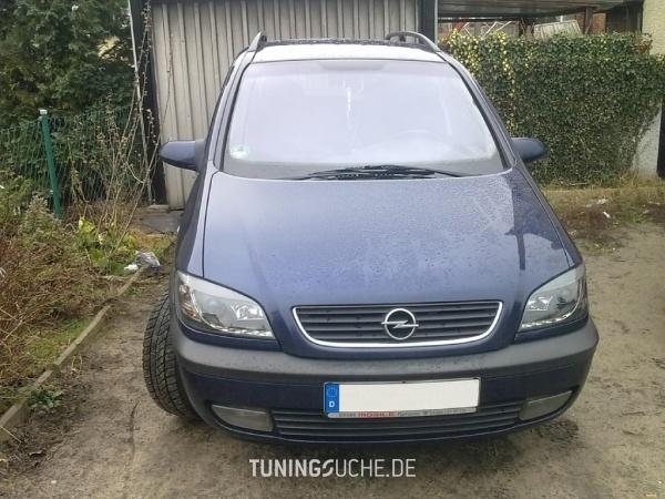 Opel ZAFIRA (F75) 08-1999 von bad_omega - Bild 661082