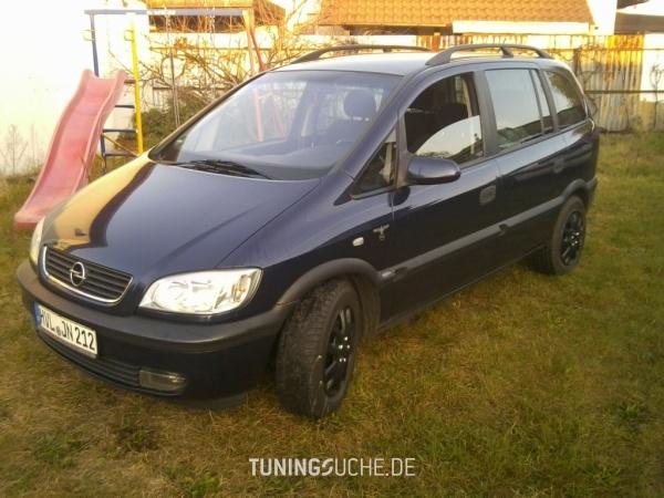 Opel ZAFIRA (F75) 08-1999 von bad_omega - Bild 661083