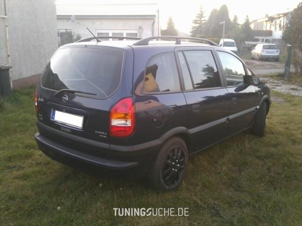 Opel ZAFIRA (F75) 08-1999 von bad_omega - Bild 661085