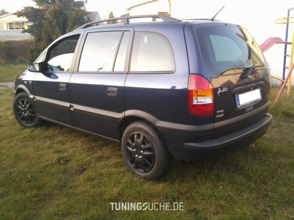 Opel ZAFIRA (F75) 08-1999 von bad_omega - Bild 661086