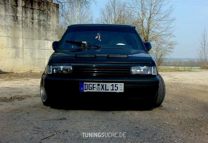 VW POLO (86C, 80) 1.3  KAT GT Bild 669448