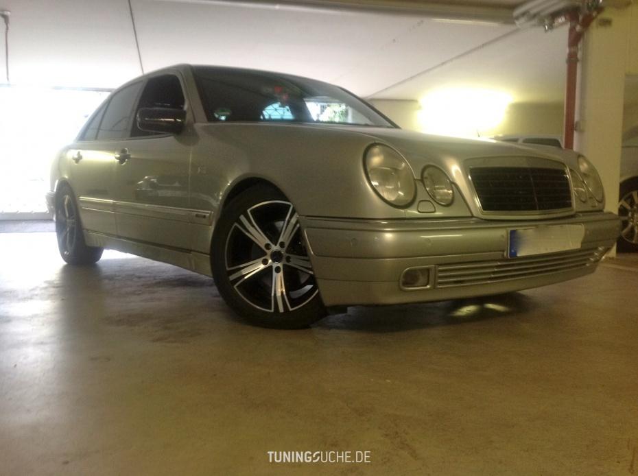 Mercedes Benz E-KLASSE (W210) E 320 Avantgarde  Bild 681010