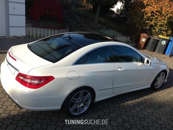 Mercedes Benz E-KLASSE Coupe (C207) 09-2011 von speed10001 - Bild 713668