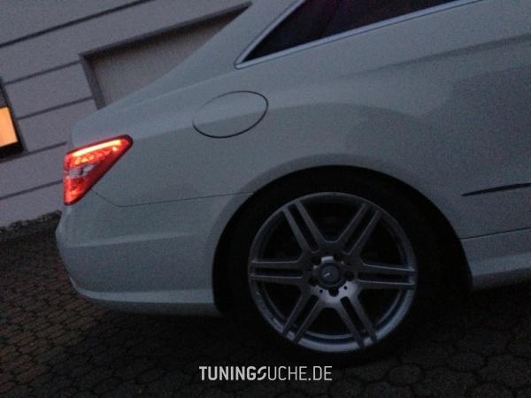 Mercedes Benz E-KLASSE Coupe (C207) 09-2011 von speed10001 - Bild 713670