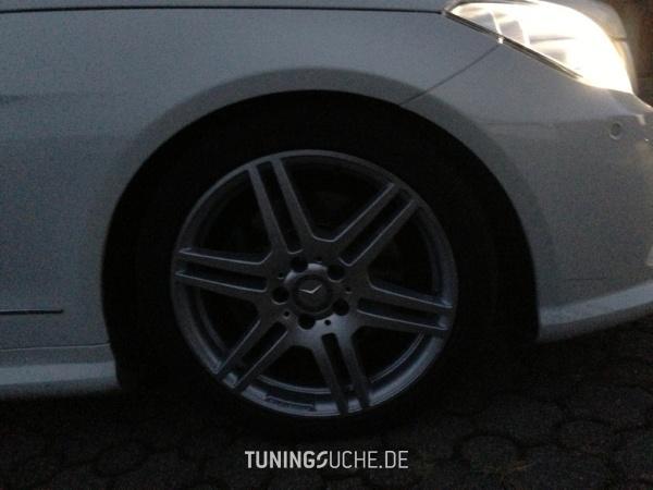 Mercedes Benz E-KLASSE Coupe (C207) 09-2011 von speed10001 - Bild 713671