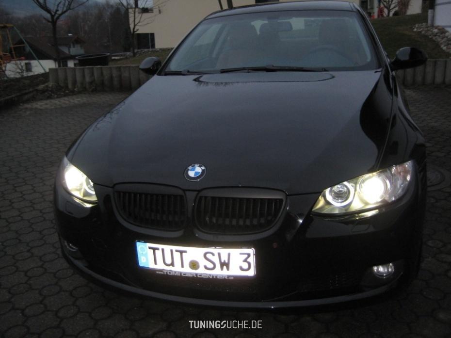 BMW 3 Coupe (E92) 325i  Bild 713689