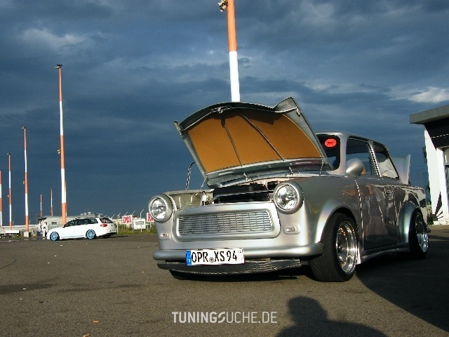 Trabant Trabant   Bild 699243