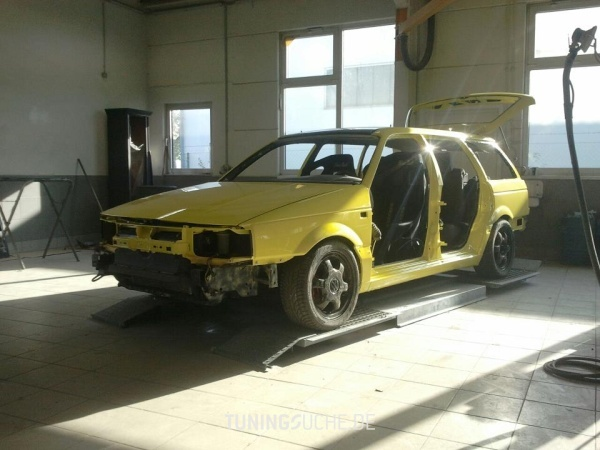 VW PASSAT (3A2, 35I) 06-1992 von SchlingSchlang - Bild 726603