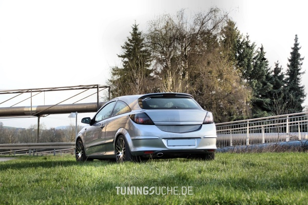 Opel ASTRA H GTC 10-2006 von noname499 - Bild 731061