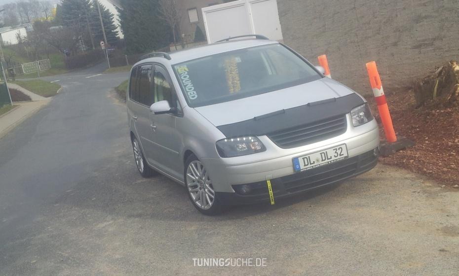 VW TOURAN (1T1, 1T2) 1.6 FSI  Bild 732690