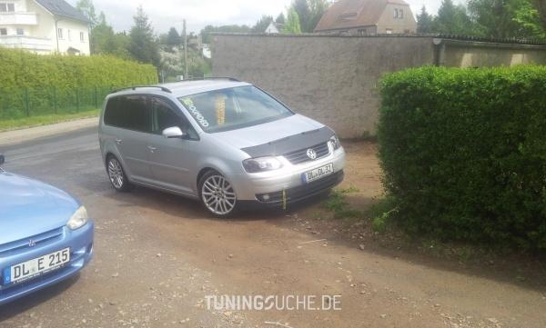 VW TOURAN (1T1, 1T2) 00-2004 von dl-dl-32 - Bild 732969