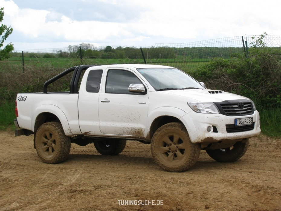 tuning toyota hilux pick up. Black Bedroom Furniture Sets. Home Design Ideas